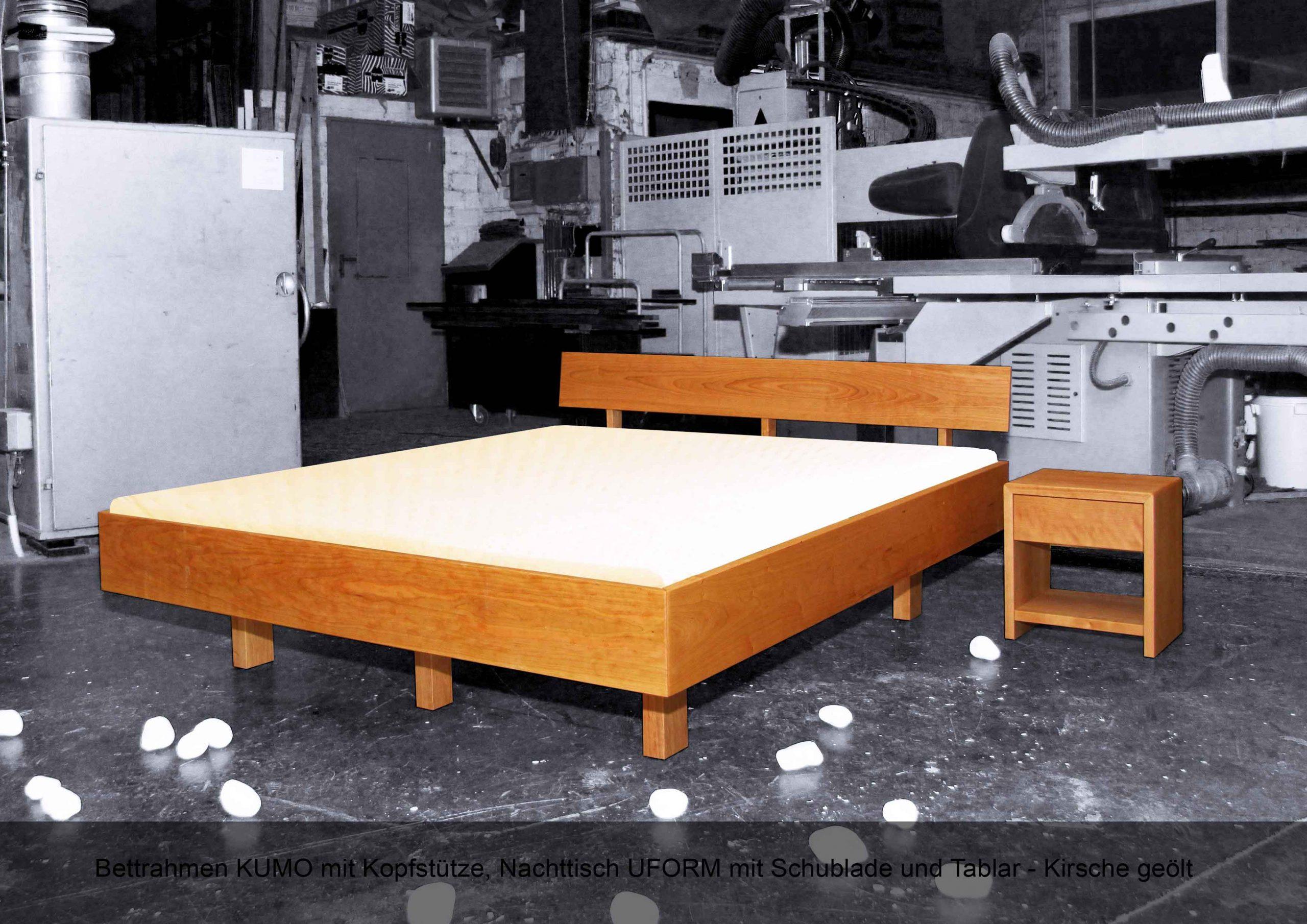 Schwebebettrahmen Massivholz Kopfstütze Nachttisch U-Form Schulblade Tablar KUMO Kirschbaum geölt